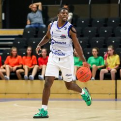 ZWOLLE, NETHERLANDS - SEPTEMBER 19: Naba Echols of Landstede Hammers Zwolle during the Pre-Season match between Landstede Hammers and Donar at Landstede Sportcentrum on September 19, 2021 in Zwolle, Netherlands (Photo by Albert ten Hove/Orange Pictures)