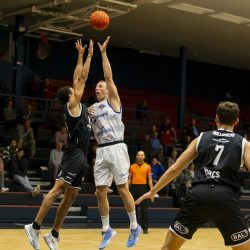 WEERT, NETHERLANDS - SEPTEMBER 29:  Christopher Hudson of BAL, Ralf De Pagter of Hammers  during the BNXT League basketball match between BAL and Landstede Hammers at sports hall Boshoven on September 29, 2021 in Weert, Netherlands (Photo by Frank Kerbusch/Orange Pictures)